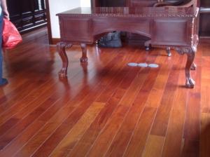 Sàn gỗ Căm Xe Lào 450