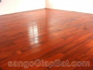 Sàn gỗ Hương Nam Phi (18x90x900mm)