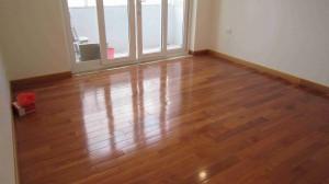 Sàn gỗ Săng Lẻ (15x90x900mm)