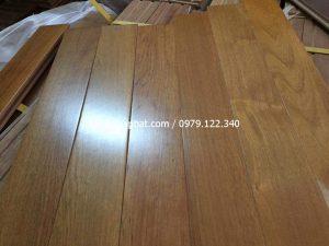 Sàn gỗ Săng Lẻ – Bằng Lăng 600