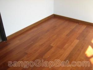 Sàn gỗ Căm Xe Lào 900