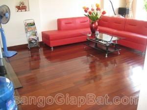 Sàn gỗ Căm Xe Lào 600
