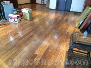 Sàn gỗ Lim (18x120x900mm)