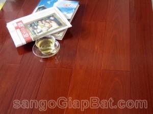 Sàn gỗ Hương Nam Phi (18x120x900mm)