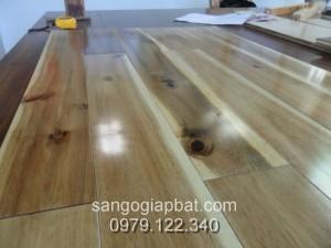 Sàn gỗ Keo Tràm (15x90x750mm)